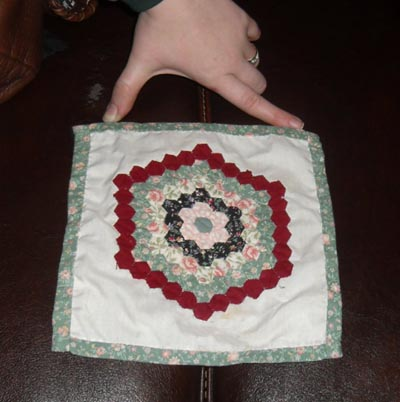 Miniature doll's house quilt