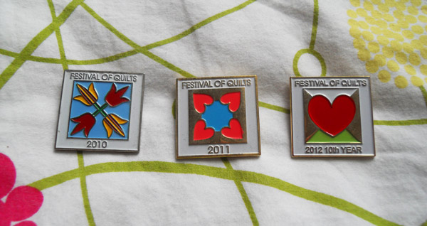 festival-of-quilts-badges
